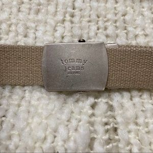 Tommy Jeans beige seatbelt belt